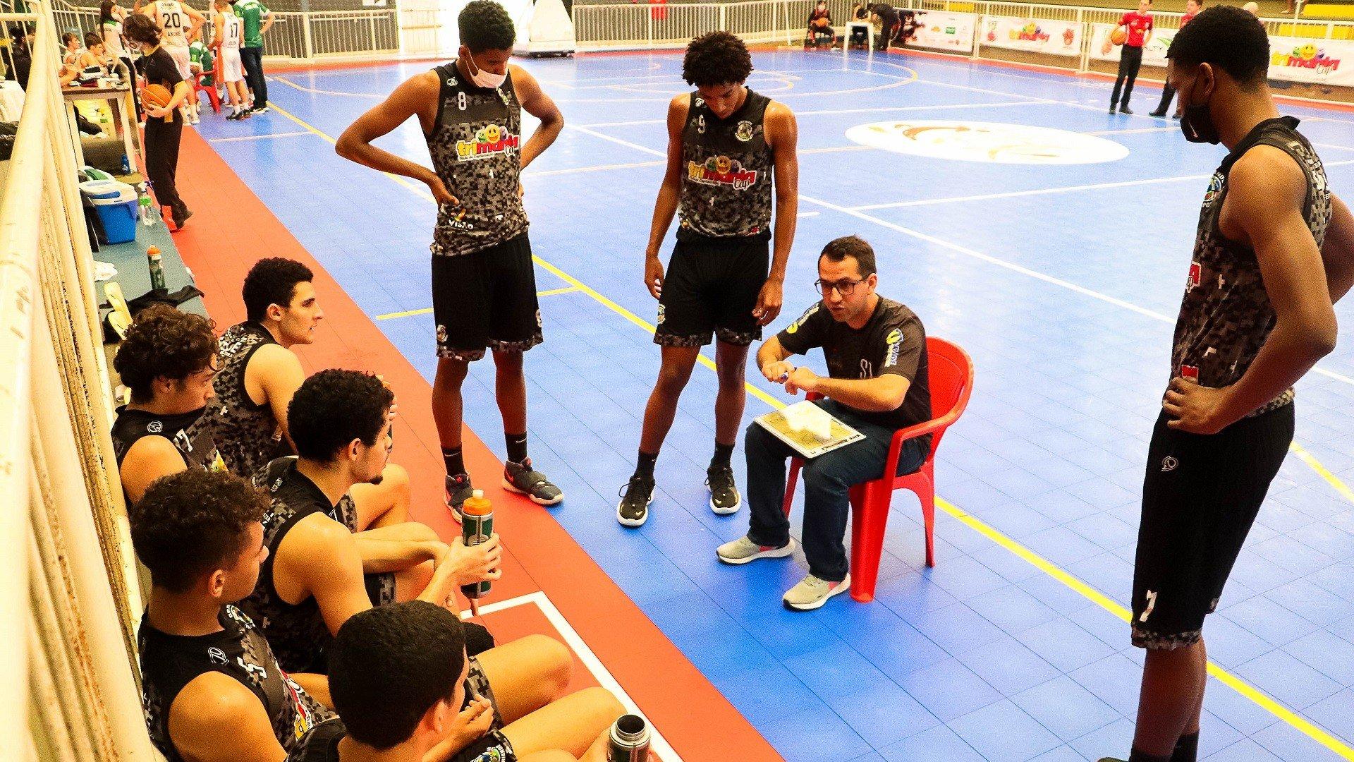 Técnico André Soares será o comandante da equipe durante os sete dias de competição